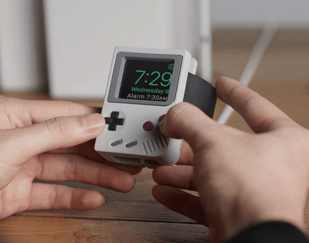 Apple Watch Stand - GameBoy classic