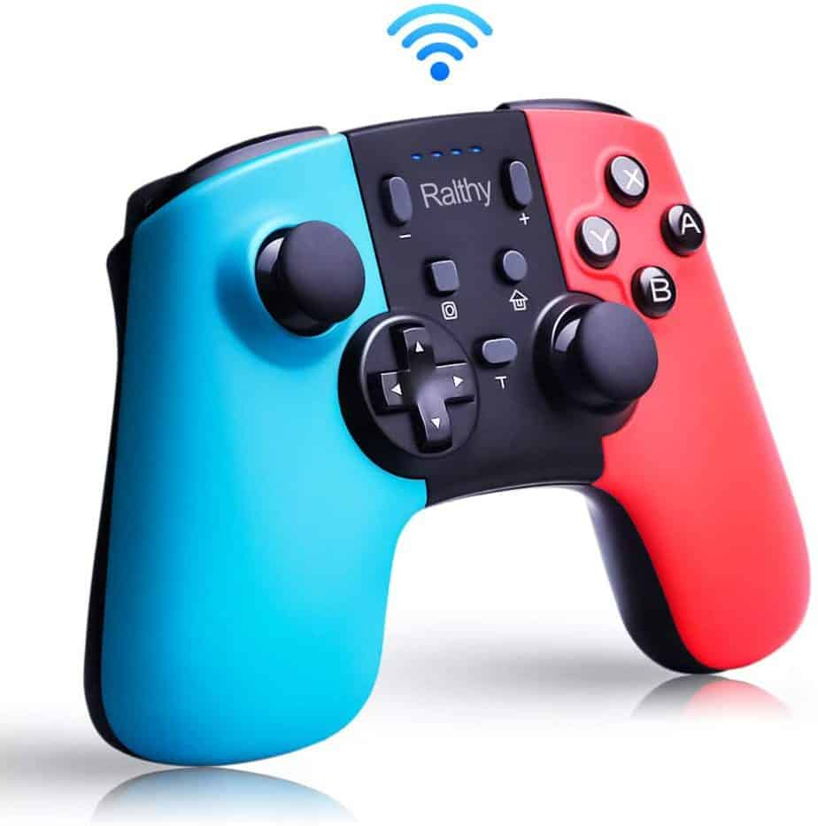 Turbo controller from Ralthy with blue and red joycon coloured handles